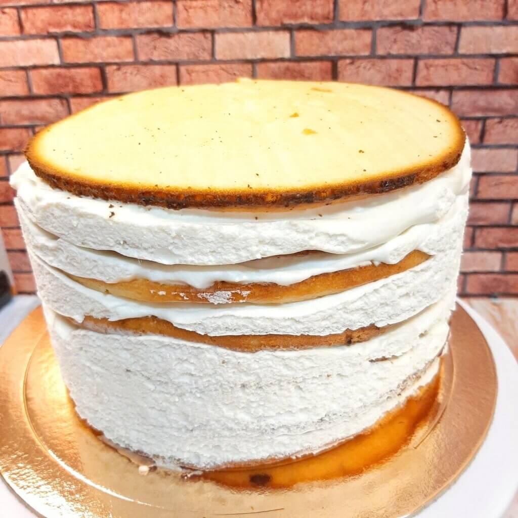 Продолжение сборки торта молочная девочка