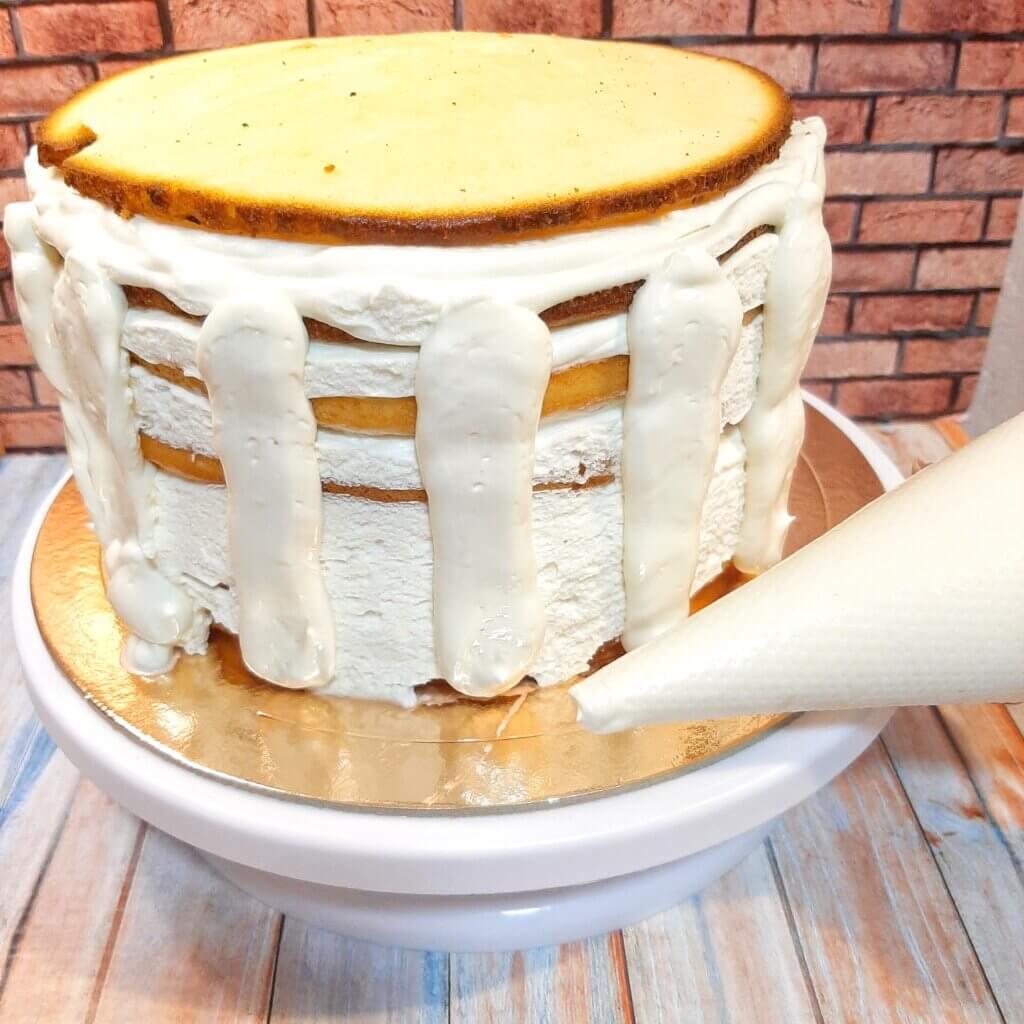 Крем для выравнивания торта молочная девочка