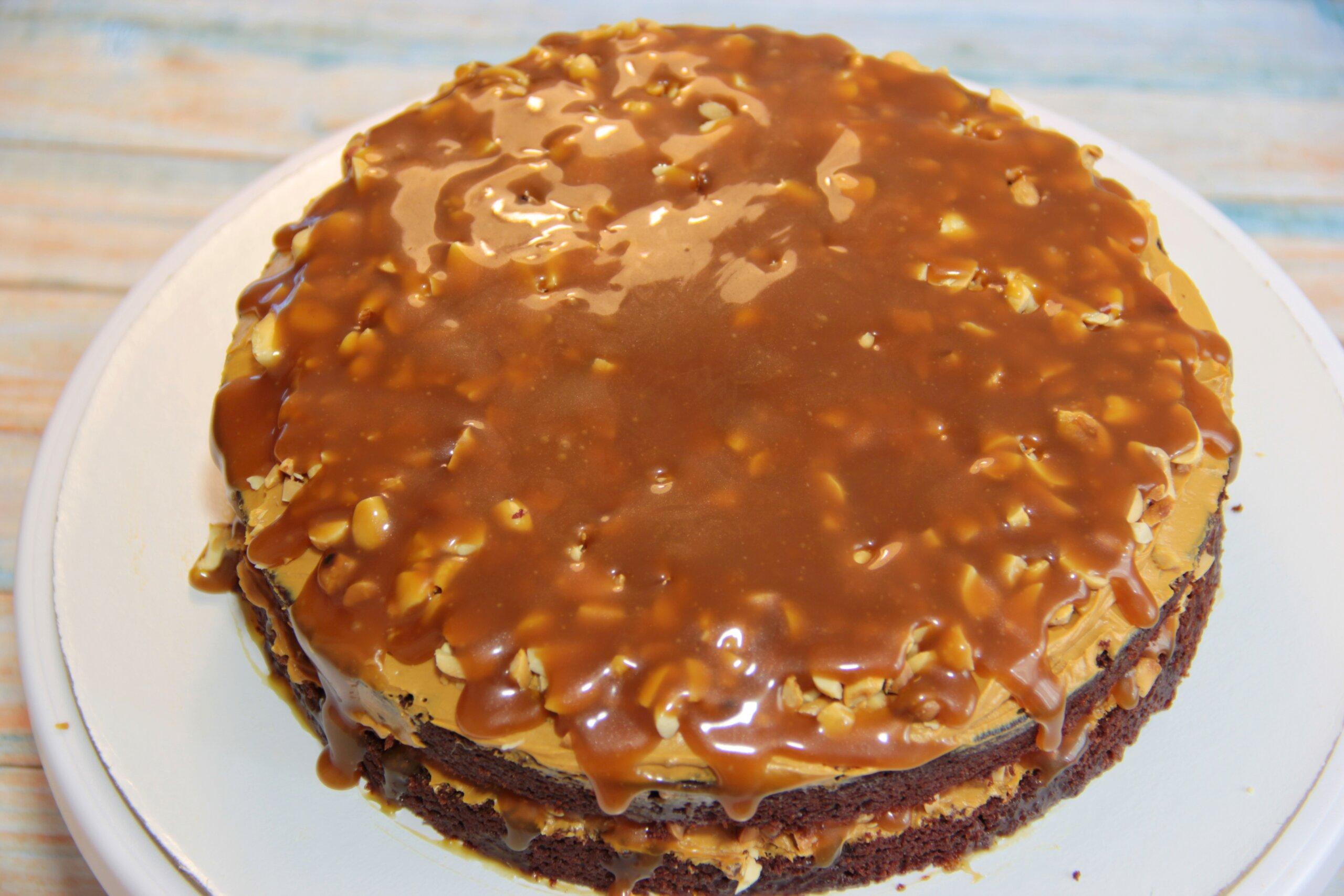 карамель в торте