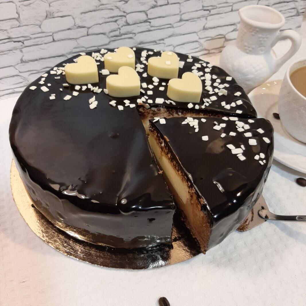 Торт три шаколада